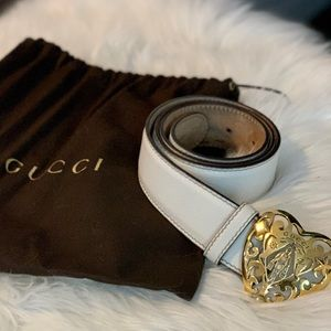 White Gucci belt with Hysteria heart buckle